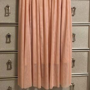 Long tulle peachy skirt